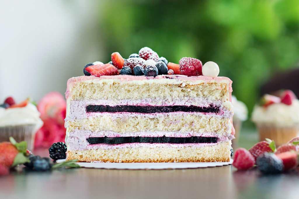 Разрез фруктового торта