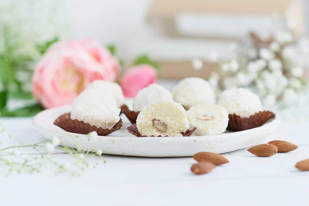 конфеты с кокосом